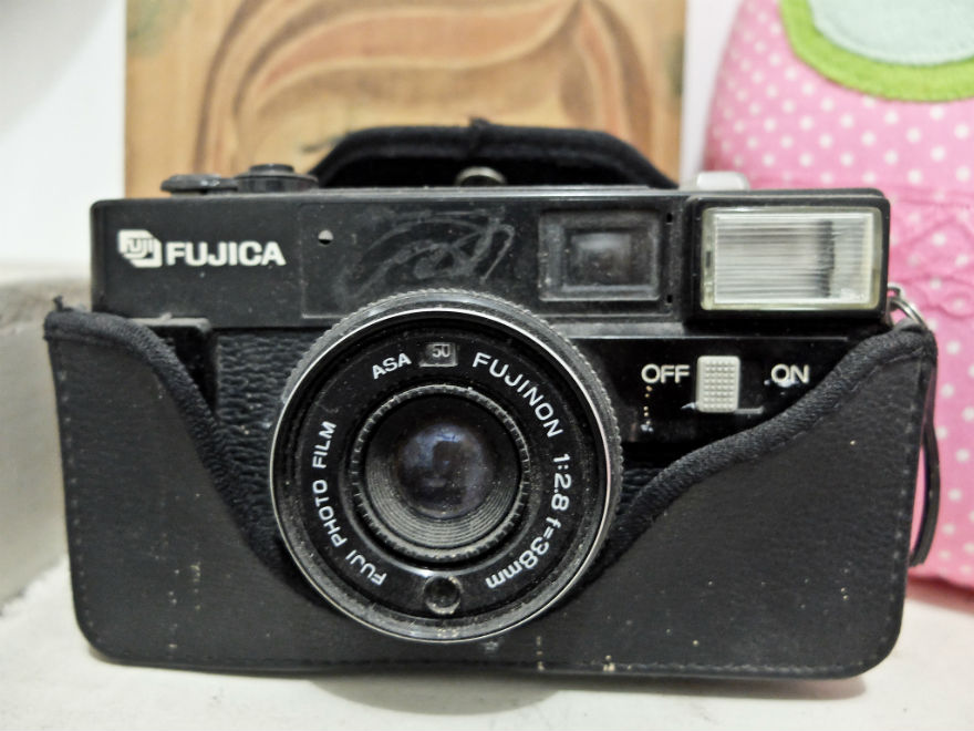 Hai Fujica, kenalkan ini Fumiko adikmu.