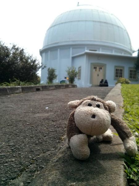 Mulyadi akhirnya bisa masuk Observatorium Bosscha!